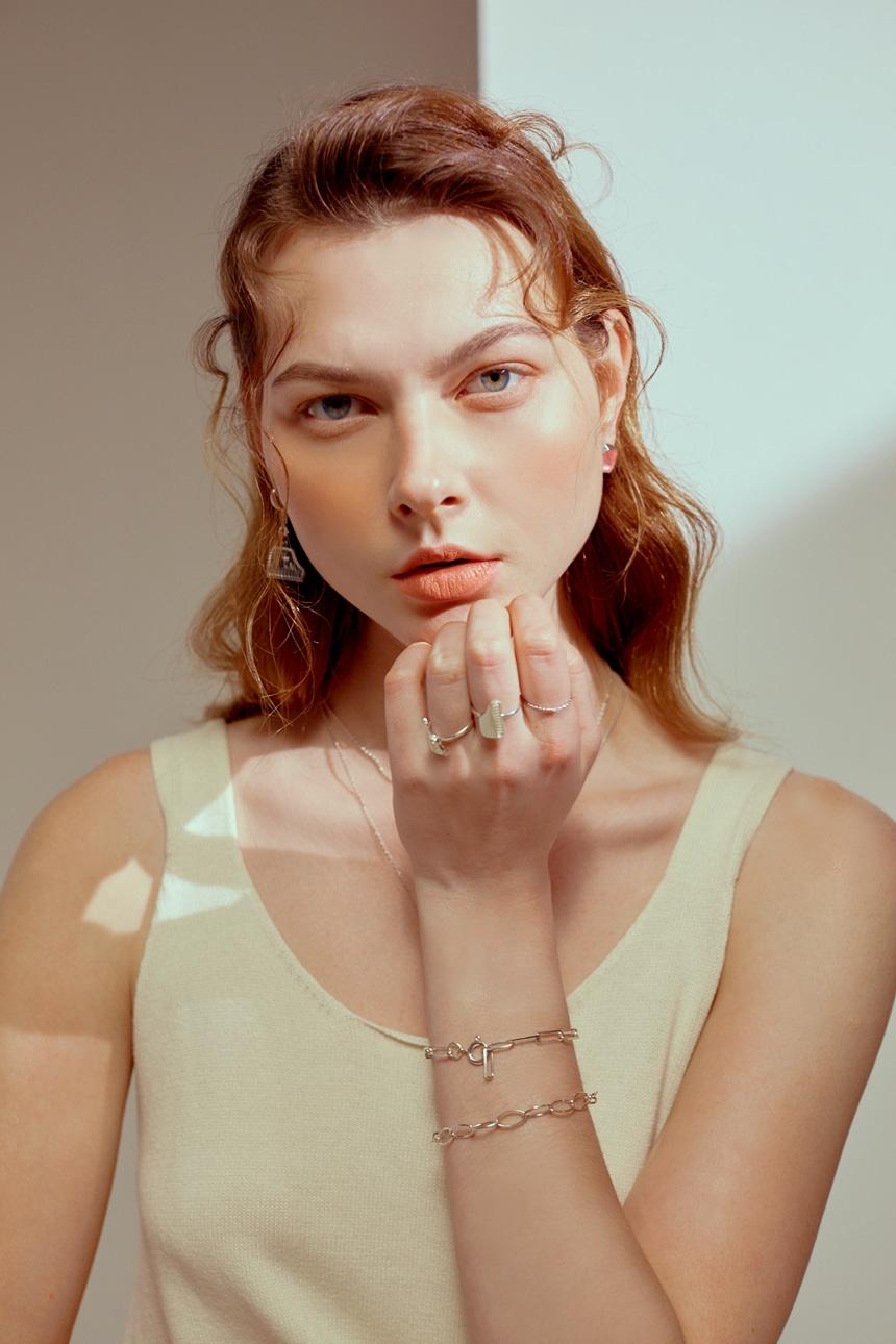봉보(BONBEAU) Lux oval chain Bracelet 심플 오벌 체인 실버팔찌