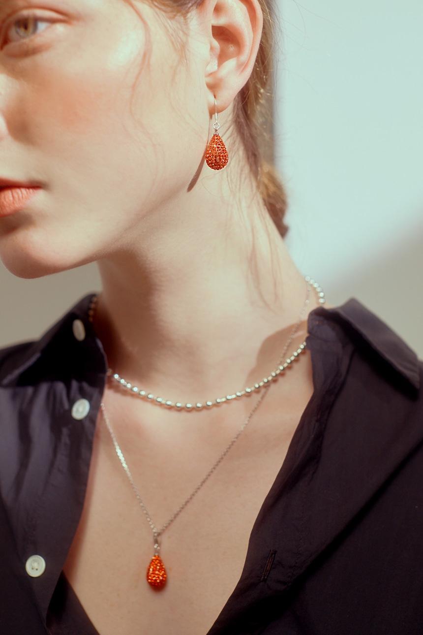 봉보(BONBEAU) 물방울 크리스탈 스톤 엔틱귀걸이 3color Colorlight waterdrop Earring