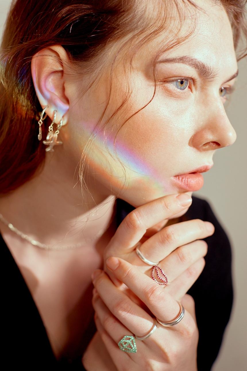 봉보(BONBEAU) 마젠타 큐빅 입술 왼손 검지반지 중지반지 Pink Lip point Ring